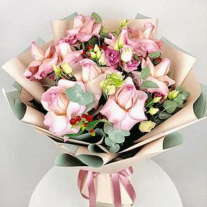Воздушный поцелуй +30% цветов с доставкой в Екатеринбурге