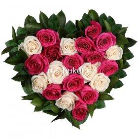 Мастер-класс розы в коробке в форме сердца